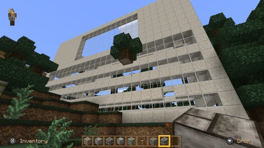 Minecraft - The shell of the building is good, nothing inside yet
